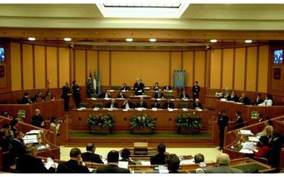 regione-insediate-le-8-commissioni-5-presidenti-al-pd-solo-un-vice-per-m5s